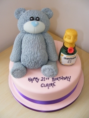 Teddy-and-Champagne-21st-cake