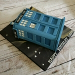 The Tardis birthday cake
