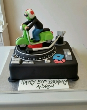 Record  Deck and mod scooter cake