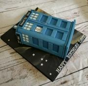 The Tardis birthday cake