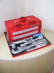 Tool-box-Cake