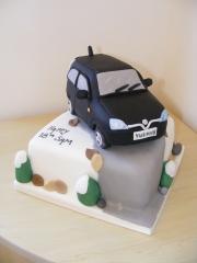 corsa-car-cake