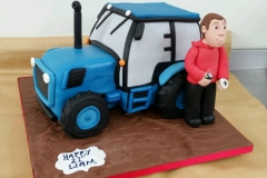 Tractor cake 3d