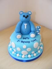 1st-Birthday-Bear-cake