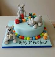 Teddies 1st birthday cake