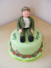 Army-soldier-cake