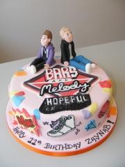 Bars-and-Melody-cake