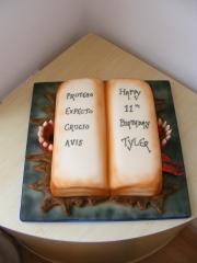 Book-of-spells-cake