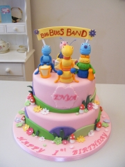 Bugs-Band-tiered-cake
