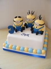 Little-Minions-Cake