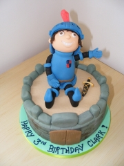 mike-the-knight-cake
