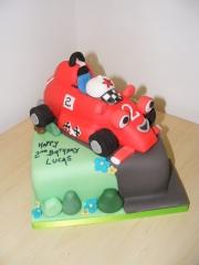 roary-racing-car-cake