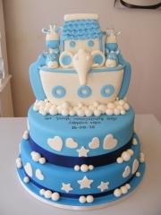 Arc-tiered-Christening-cake