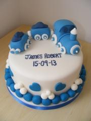 christening-train-cake
