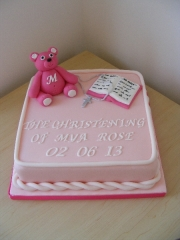girls-teddy-bear-christening-cake
