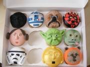 Star-Wars-cupcakes-2
