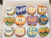 batman-themed-cupcakes