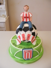 Football-themed-cake
