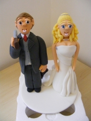 groom-and-bride-topper