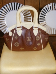 handbag-topper