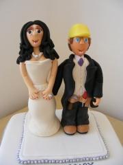 novelty-groom-and-bride-topper