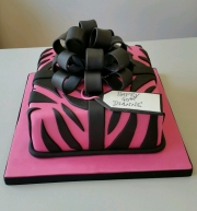 Ladies 40th birthday cake