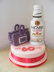 Bacardi-and-handbag-cake