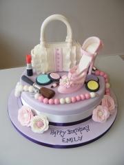 High-heels-make-up-and-handbag-cake