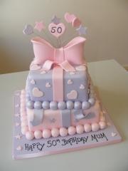 Pastel-colour-gift-box-cake