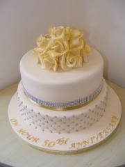 Golden-Wedding-Anniversary-Cake