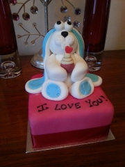 rabbit-valentines-cake