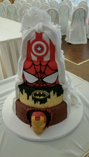 Superhero wedding cake 2 theme