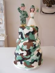 Camoflauge-Wedding-cake