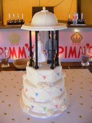 Band-Stand-and-Bunting-Wedding-Cake