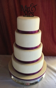 White chocolate icing wedding cake