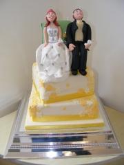 Wedding-cake-Camping