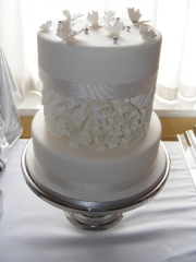 butterfly-wedding-cake