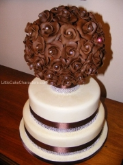 Chocolate rose ball wedding cake