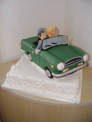 wedding-cake-car