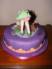 cheeky-bottom-drunk-lady-cake